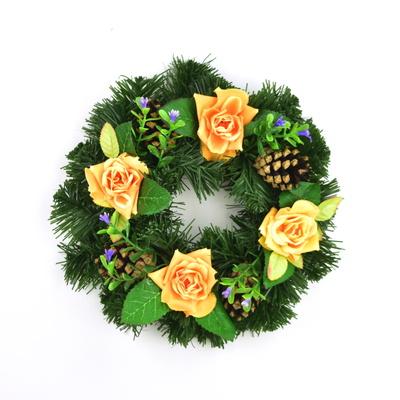 Věneček s růžičkami 20 cm