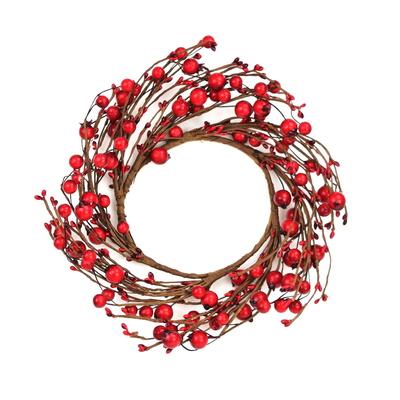 Věnec s červenými šípky a bobulemi