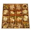 Slaměné ozdoby se zlatým dekorem, 56 ozdob