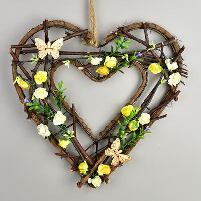 Srdce proutěné zdobené